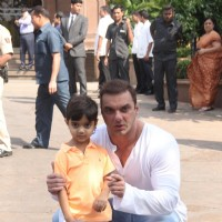 Sohail Khan with his Kid at Arpita Khan's Baby Shower!
