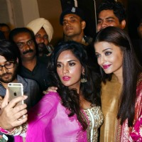 Richa and Aishwarya Takes a Selfie at Poster Launch of 'Sarabjit'