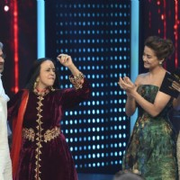 Sanjay Leela Bhansali with Ila Arun at Mirchi Music Awards 2016