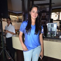 Anita Hassanandani at Box Cricket League Bash