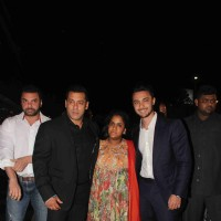Salman Khan, Sohail Khan with Arpita Khan and Aayush Sharma at Kresha Bajaj's Wedding