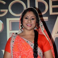 Sai Deodhar at Golden Petal Awards 2016