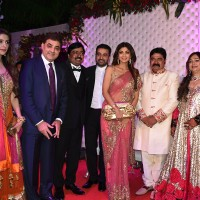 Shilpa Shetty with Husband Raj Kundra at Awdesh Dixit's Indore Bash