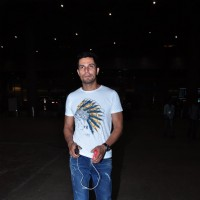 Dino Morea Snapped at Airport