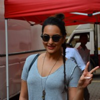 Sonakshi Snapped at Mehboob Studio
