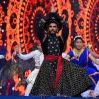 Ranveer Singh performs at Umang 2016