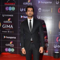 Arjan Bajwa at COLORS GiMA AWARDS 2016