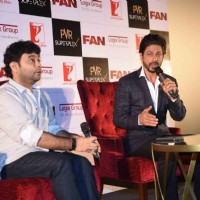 Shah Rukh Khan at Press Meet of 'Fan' in Noida