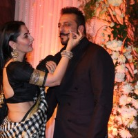 Beautiful Manyata Dutt and Sanjay Dutt at Karan - Bipasha's Star Studded Wedding Reception