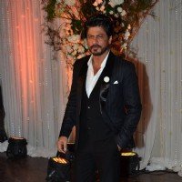 Shah Rukh Khan at Karan - Bipasha's Star Studded Wedding Reception