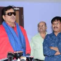 Satrughan Sinha at Press Meet of Eedo Rakam Aado Rakam