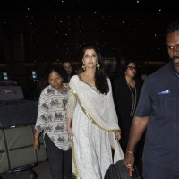 Airport Spotting: Aishwarya Rai Bachchan returns from Sarbjit Press Meet!