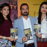 Aishwarya Rai Bachchan at Friend Dr. Zirak Marker's Book