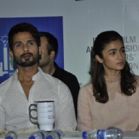 Shahid Kapoor and Alia Bhatt at Press Meet of IFTDA for Udta Punjab Controversy!