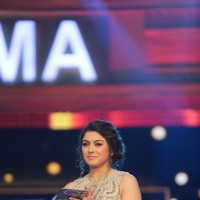 Hansika Motwani at SIIMA Awards 2016