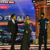 Varun Dhawan, Jacqueline Fernandes and John Abraham Promotes 'Dishoom' on India's Got Talent