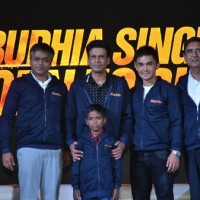 Manoj Bajpayee & Sunil Chhetri at Launch of Anthem of film Budhia Singh - Born To Run