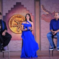 Hrithik Roshan, Pooja Hegde and Ashutosh Gowarikar at 'Introducing Chaani' Event of Mohenjo Daro