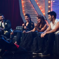 Varun , Jacqueline , Terence, Bosco and Madhuri promotes Dishoom on So you think you can dance