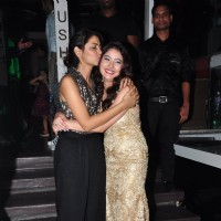 Sriti Jha at Leena Jumani's birthday bash!