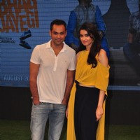 Abhay and Diana at Trailer launch of 'Happy Bhaag Jayegi' Team at Kapil Sharma Show