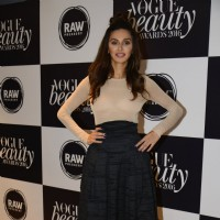 Shibani Dandekar at Vogue Beauty Awards 2016