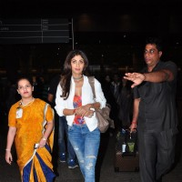 Shilpa Shetty snapped at airport!
