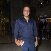 Ashutosh Gowarikar at Raj Supe's  book launch