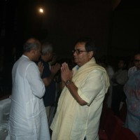 Subhash Ghai and Sooraj Barjatya at prayer meet of  Rajat Barjatya