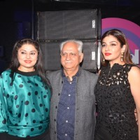 Raveena Tandon, Ramesh Sippy and Kiran Juneja at Mirchi Jubilee Nights