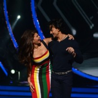 Tiger Shroff and Jacqueline Fernandes performs and Promotes 'A Flying Jatt' on Jhalak Dikhhla Jaa
