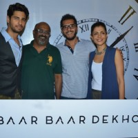 Sidharth Malhotra, Ritesh Sidhwani and Nitya Mehra at Special screening of trailer 'Bar Bar Dekho'