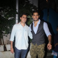 Sidharth parties with 'Bar Bar Dekho' team