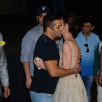 Salman Khan and Amy Jackson hugs each other at Trailer launch of 'Freaky Ali'