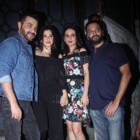 Sanjay Kapoor with others celebs at Rohini Iyer's Birthday bash!
