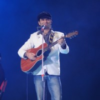 Mohit Chauhan in the show Music Ka Maha Muqqabla