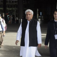Javed Akhtar Snapped at Airport!