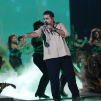 Shankar Mhadevan performing at Music Ka Maha Muqqabla on Star Plus