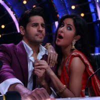 Sidharth Malhotra and Katrina Kaif at Promotion of 'Baar Baar Dekho' on sets of Jhalak Dikhhla Jaa