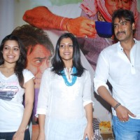 Ajay Devgn & Konkona Sen Sharma with Amita Pathak | Atithi Tum Kab Jaoge? Photo Gallery