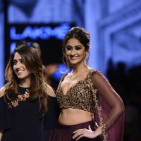 The glamorous Ileana D'Cruz Sizzles at Lakme Fashion Show Day 5