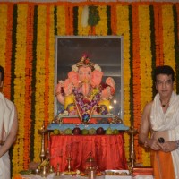 Tusshar Kapoor and Jeetendra celebrates Ganesh Chaturthi!