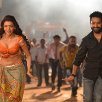 N. T. Rama Rao Jr. and Kajal Aggarwal from Pakka Local Song in Janatha Garage
