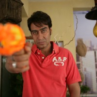 Ajay Devgan looking angry | Atithi Tum Kab Jaoge? Photo Gallery