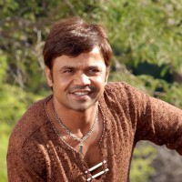 Rajpal Yadav in the movie Kushti