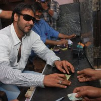 "Ajay Devgan opens ""London Dreams"" Advance Booking Gaiety, Bandra, Mumbai 