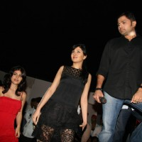 Himesh Reshammiya with Radio star cast at Red Carpet magazine launch at Lokhandwala (Photo IANS)