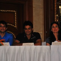 Sharman Joshi, R Madhavan and Kareena Kapoor at the press meet of 3 IDIOTS | 3 Idiots Event Photo Gallery