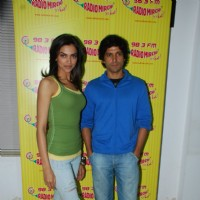 Farhan & Deepika promote KCK on Radio Mirchi on Lower Parel at Mumbai | Karthik Calling Karthik  Event Photo Gallery