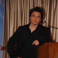 Ali Zafar to promote film Tere Bin Laden at Sun N Sand | Tere Bin Laden Event Photo Gallery
